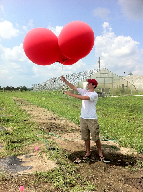 Balloon_ready_to_launch